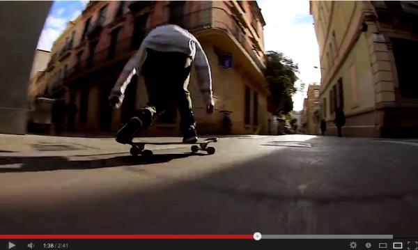 VIDEO SKATE Visite de Barcelone avec Axel Serrat en Longboard 02