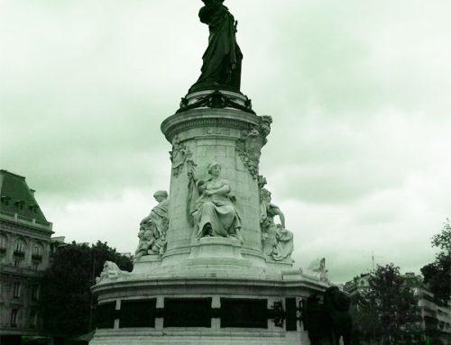 Spot de skate : place de la République à Paris