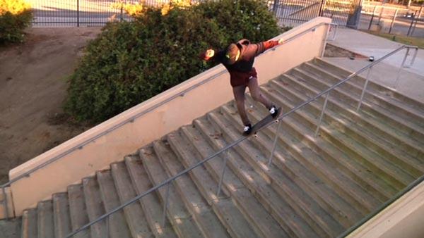Nyjah Huston skateboarder : nose grind 22 marches