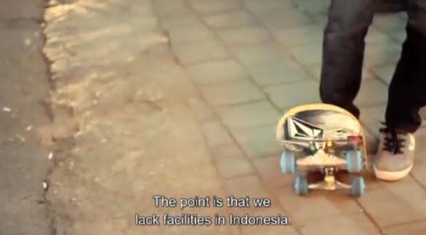 video skate POL skateboarding en Indonesie : skate pause