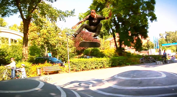 Team Emerica in Berlin : flip melon