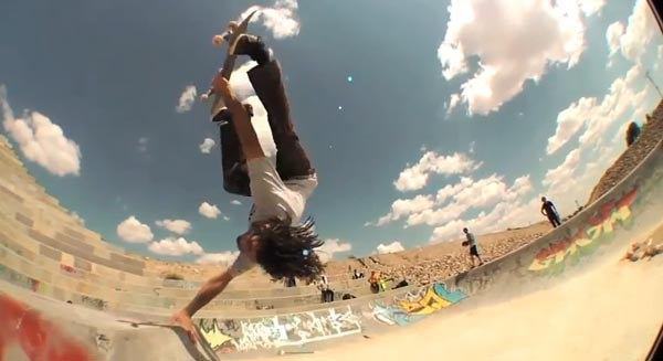 king of the road 2013 : 360° invert + hand plant