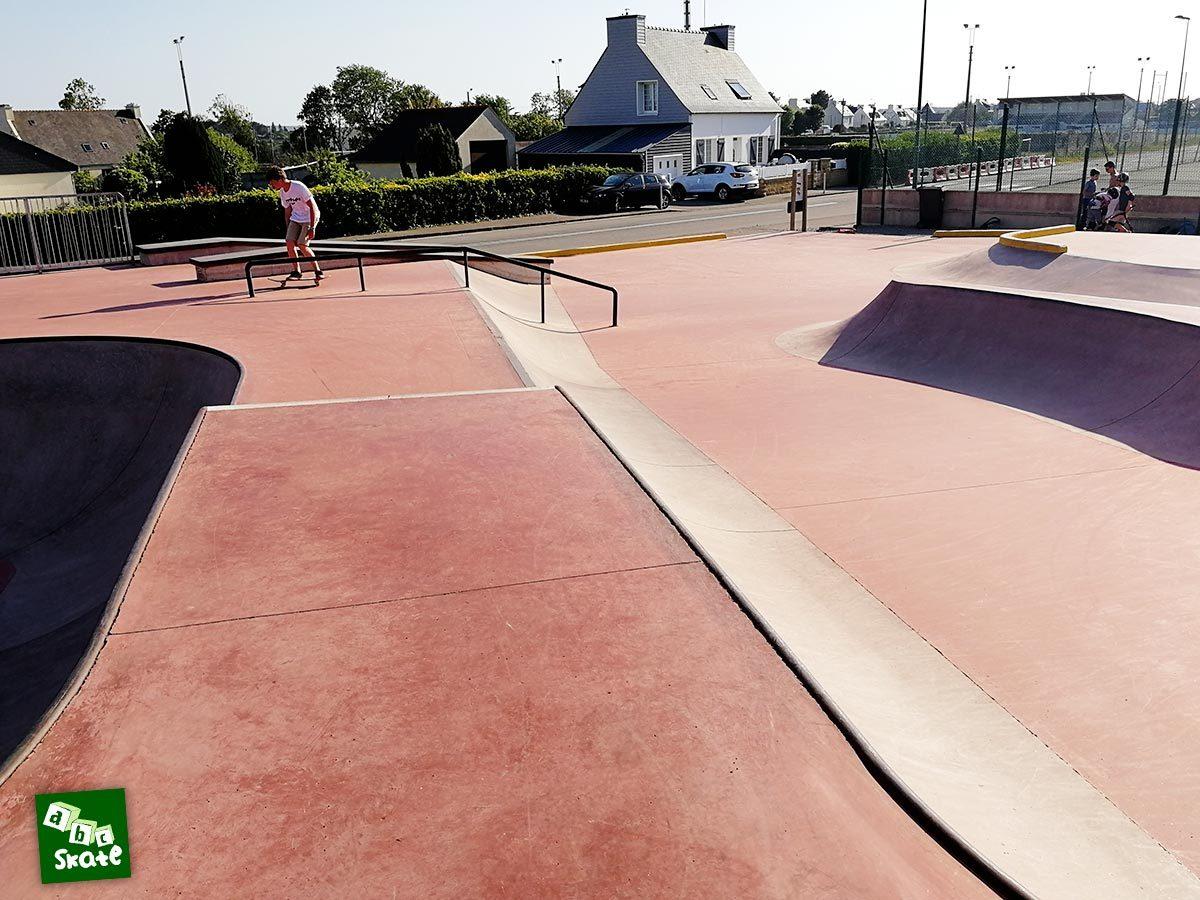 Skatepark de Crozon : Quarters et rail