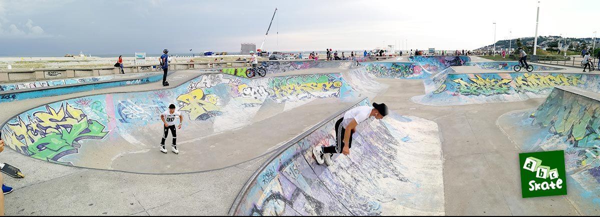 Skatepark du Havre : bowl avec spine