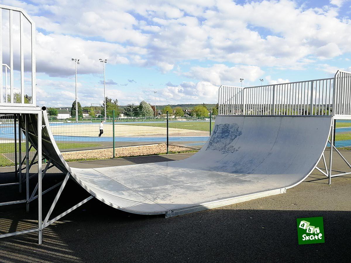 Skatepark Villepreux : rampe