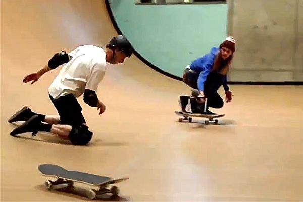 AbcSkate-skate-skateboard-tony-hawk-video-ollie-540